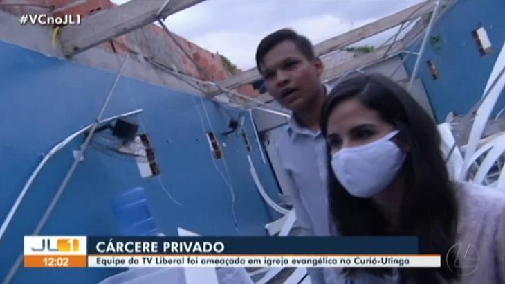A repórter Natha?lia Kahwage é mantida refém dentro de igreja no Pará - Foto: Reprodução/TV LIberal