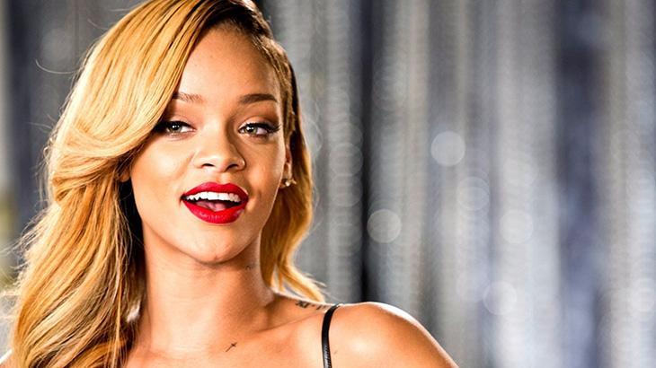 Rihanna ganha homenagem de site pornô pelo seu aniversário
