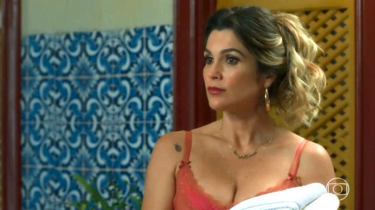 Rita revela fantasia em atuar nua