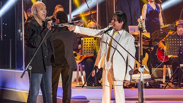 Roberto Carlos começou a sua carreira no início da década de 1960 sob influência do samba-canção e da bossa nova. Cantor completa 80 anos