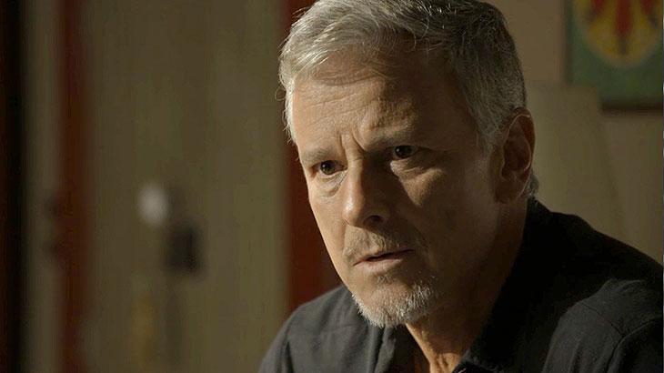 Sampaio fica surpreso com pedido de Valentina para não matar Léon