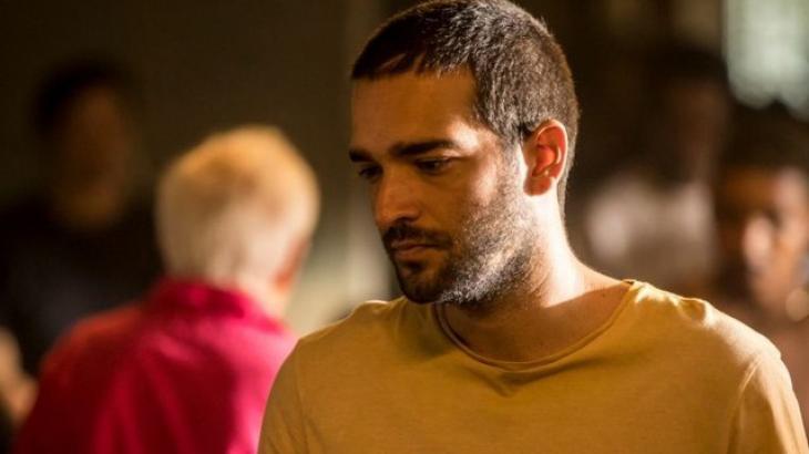 Amor de Mãe: Verdade sobre Sandro é revelada e mundo de Lurdes cai