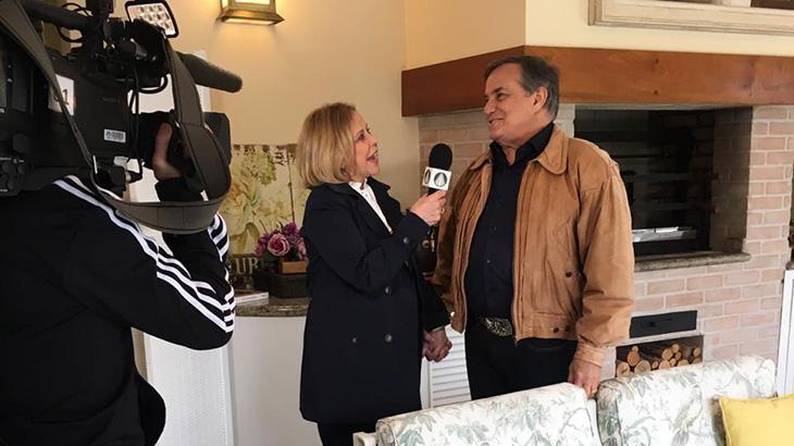 Claudete Troiano visita Ronnie Von e mostra sua mansão na TV Aparecida