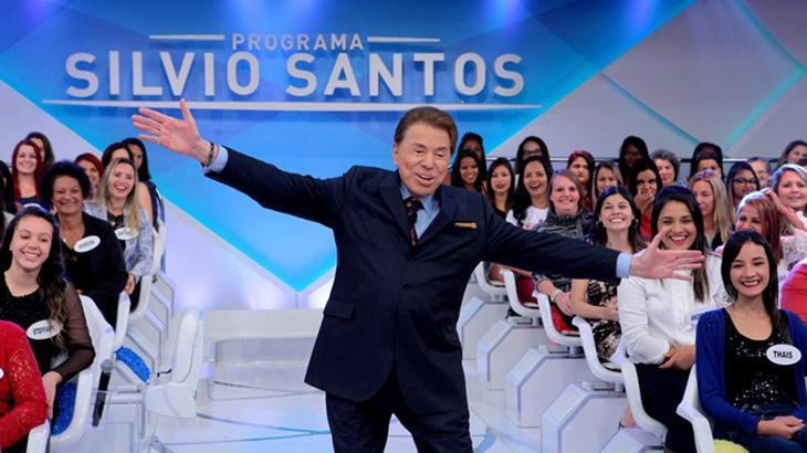 Silvio Santos apresenta o Programa Silvio Santos há 60 anos