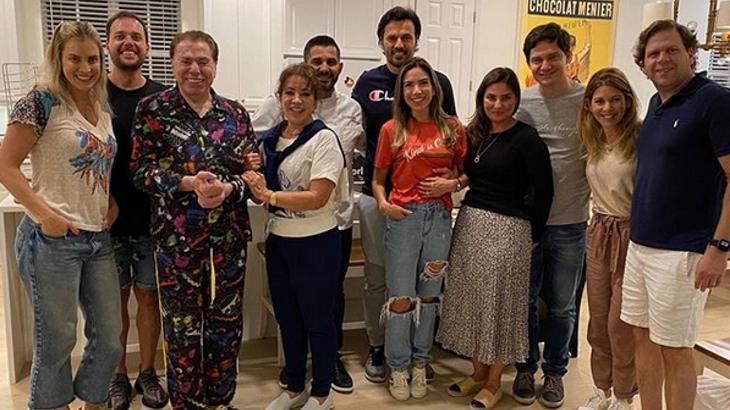 De pijama a festa do SBT: As aparições surpresas de Silvio Santos