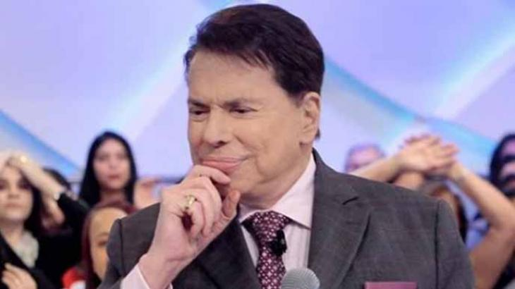 Silvio Santos pensando: no que vou mexer na grade? - Divulgação/SBT