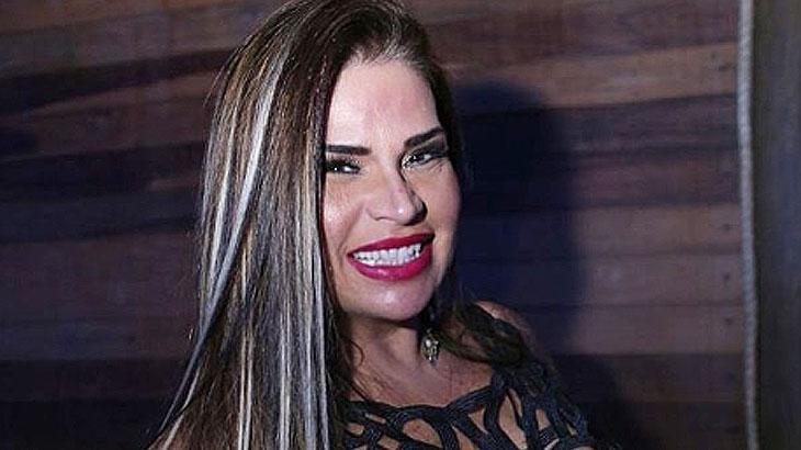 Solange Gomes revela ato picante com Waguinho dentro da