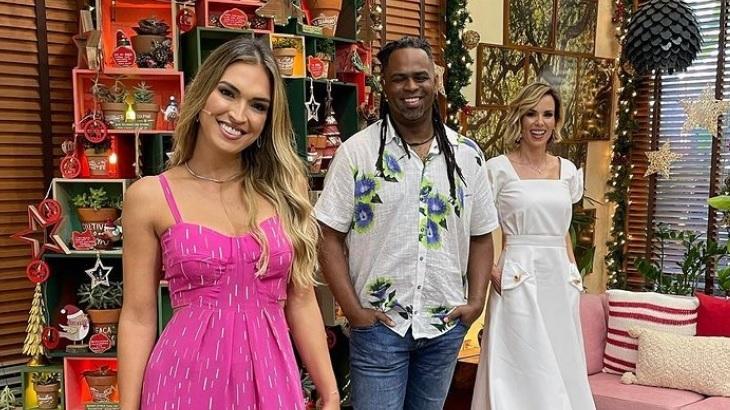 Talitha Morete, Manoel Soares e Ana Furtado apresentaram o último É de Casa de 2020