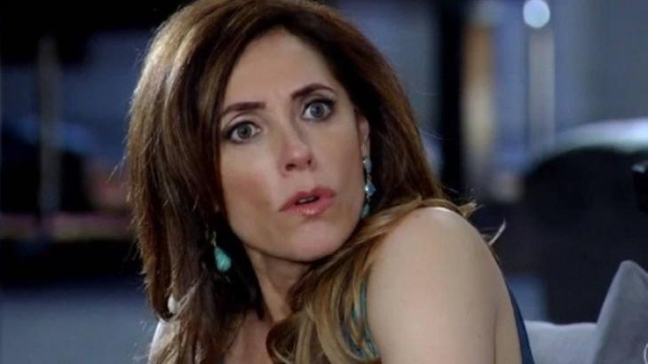 Tereza Cristina é chamada de louca pelo irmão em Fina Estampa - Reprodução/TV Globo