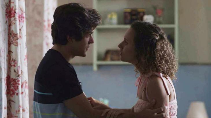 Alex e Maria Alice discutirão e a jovem terminará o relacionamento - Foto: Reprodução