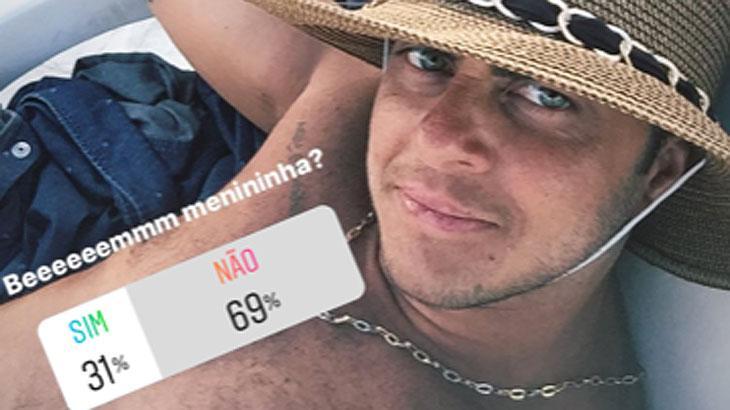 Thammy Miranda posta foto sem camisa e web diz que ela não está