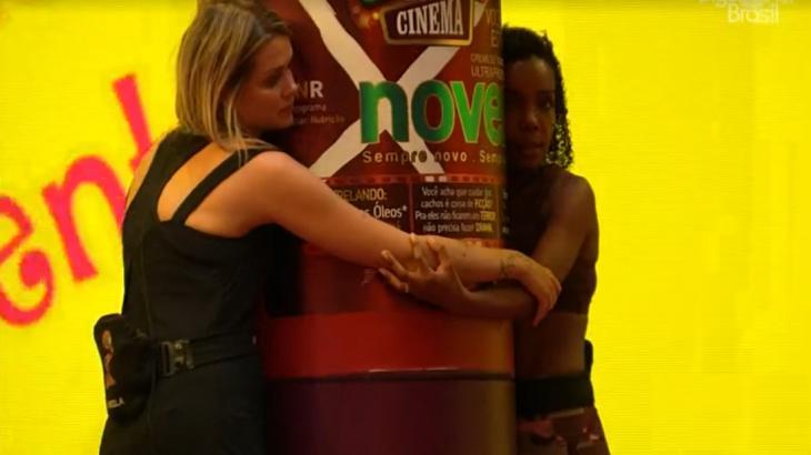 Thelma e Marcela durante o reality show BBB20