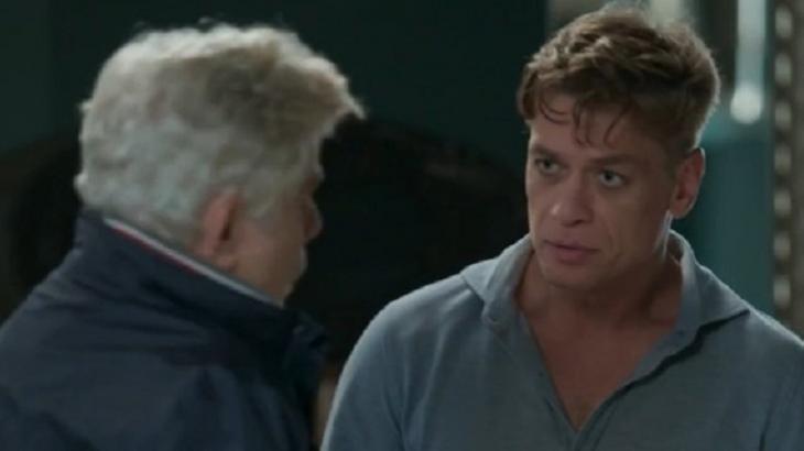 Arthur chocado com a chegada do pai em Totalmente Demais - Foto: Divulgação