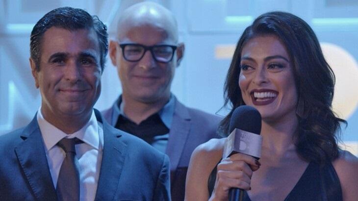 Orã Figueiredo e Juliana Paes como Hugo e Carolina em cena da novela Totalmente Demais, em reprise na Globo
