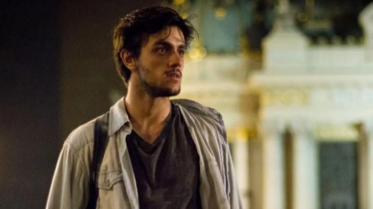 Jonatas está cansado de dividir Eliza com Arthur - Divulgação/TV Globo