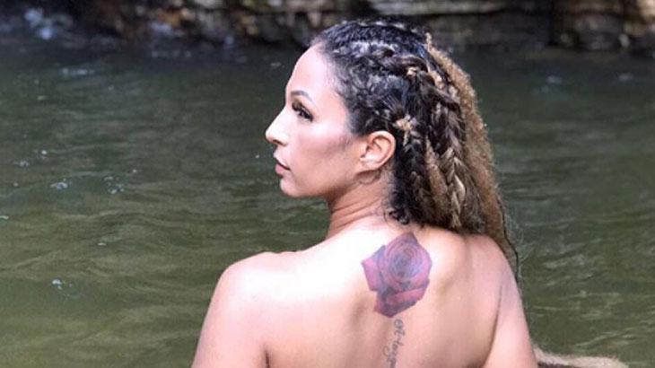 Valesca Popuzada faz topless em lago com águas cristalinas