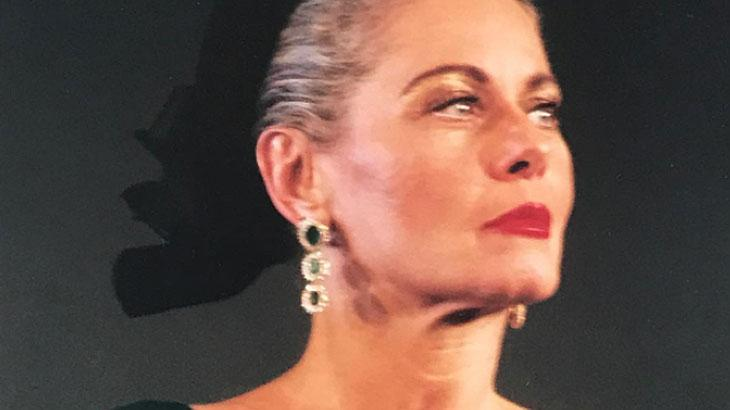 Vera Fischer foi internada em CTI por problemas respiratórios