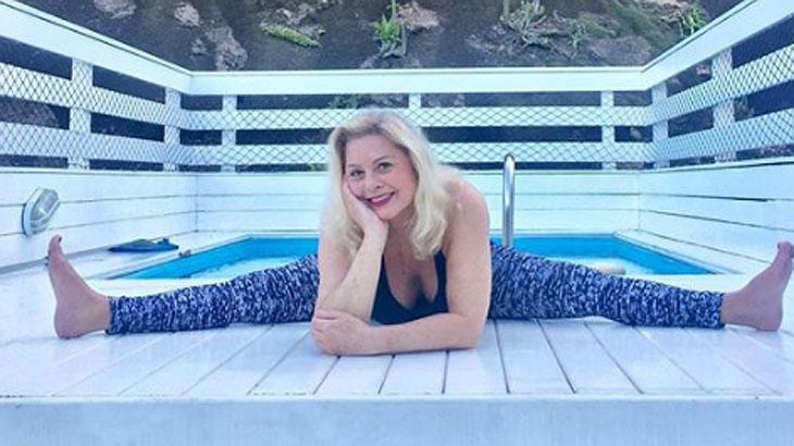 Aos 66 anos, Vera Fischer mostra flexibilidade ao