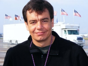 Repórter da Record, Vinícius Dônola sofre sequestro relâmpago no Rio