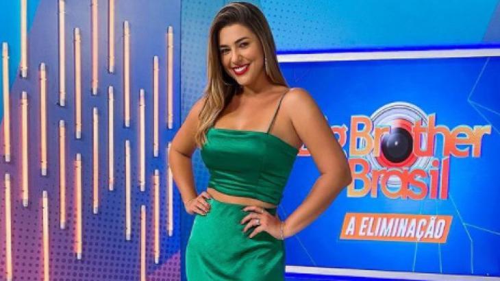 Vivian Amorim apresentando A eliminação