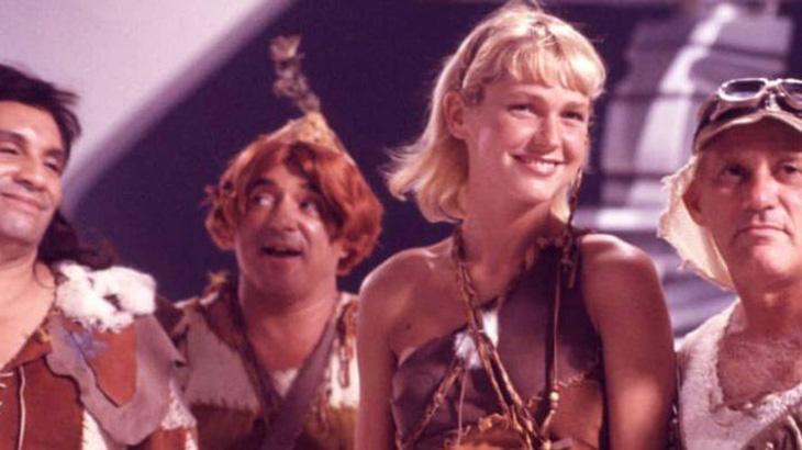 Vagabundo que vive nos fundos de um circo e se apaixona por mocinha, filha de um casal de mágicos, enquanto cuida de uma pequena órfã. Uma dica: Neste filme dos Trapalhões, a personagem vivida por Xuxa se chamava Tatiana. Estamos falando de qual longa?