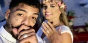 MC Kevin e Deolane mostram alianças após casamento