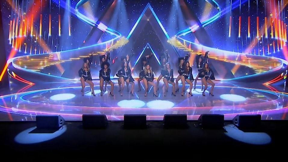 Band anuncia Faustão com show de bailarinas e tema da Globo; assista