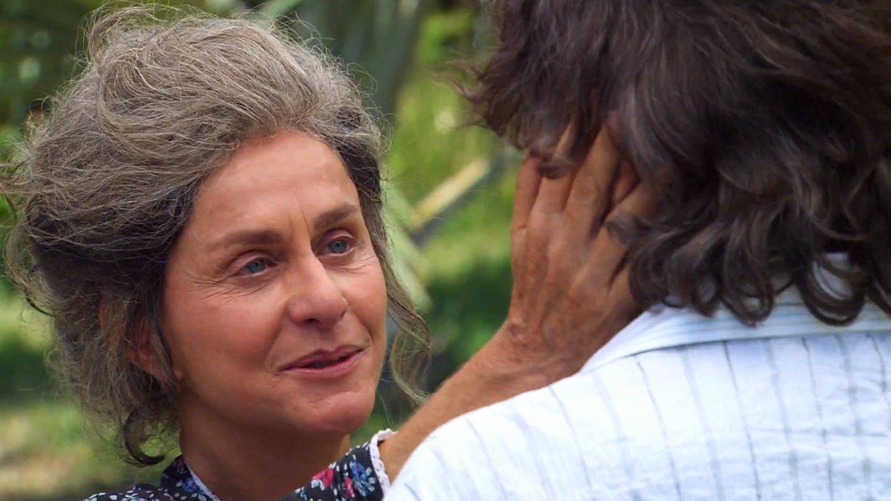 Ti Ti Ti: Reencontro de Cecília e Jacques é marcado por muita emoção