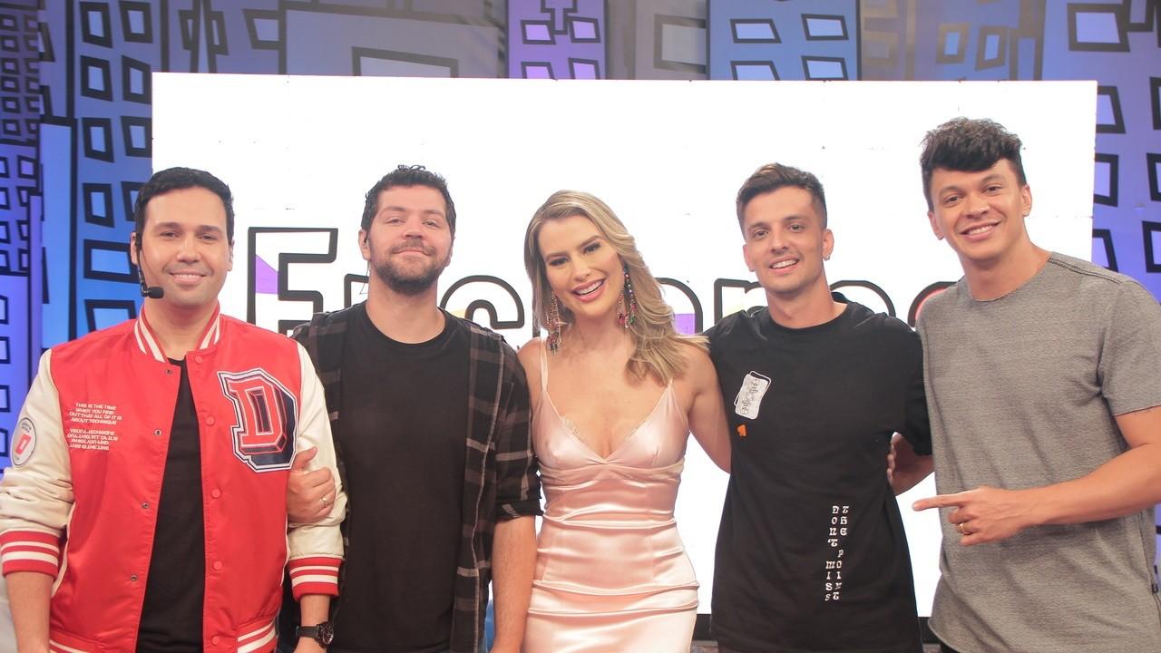 """Ex-Globo, Fernanda Keulla diz que mostrará seu outro lado no Encrenca: """"Sou a Tia do Pavê"""""""