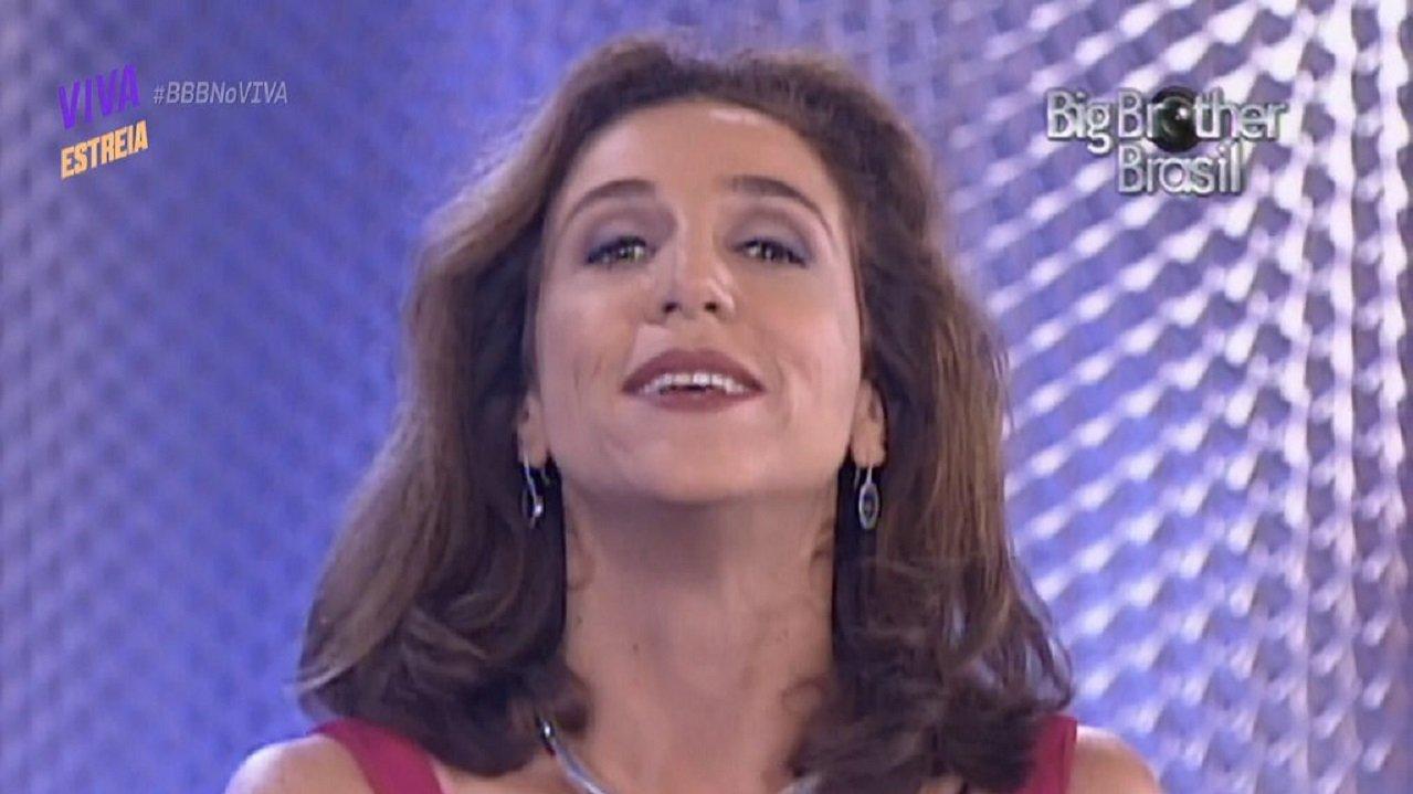 Marisa Orth fala sobre possibilidade de substituir Tiago Leifert no BBB