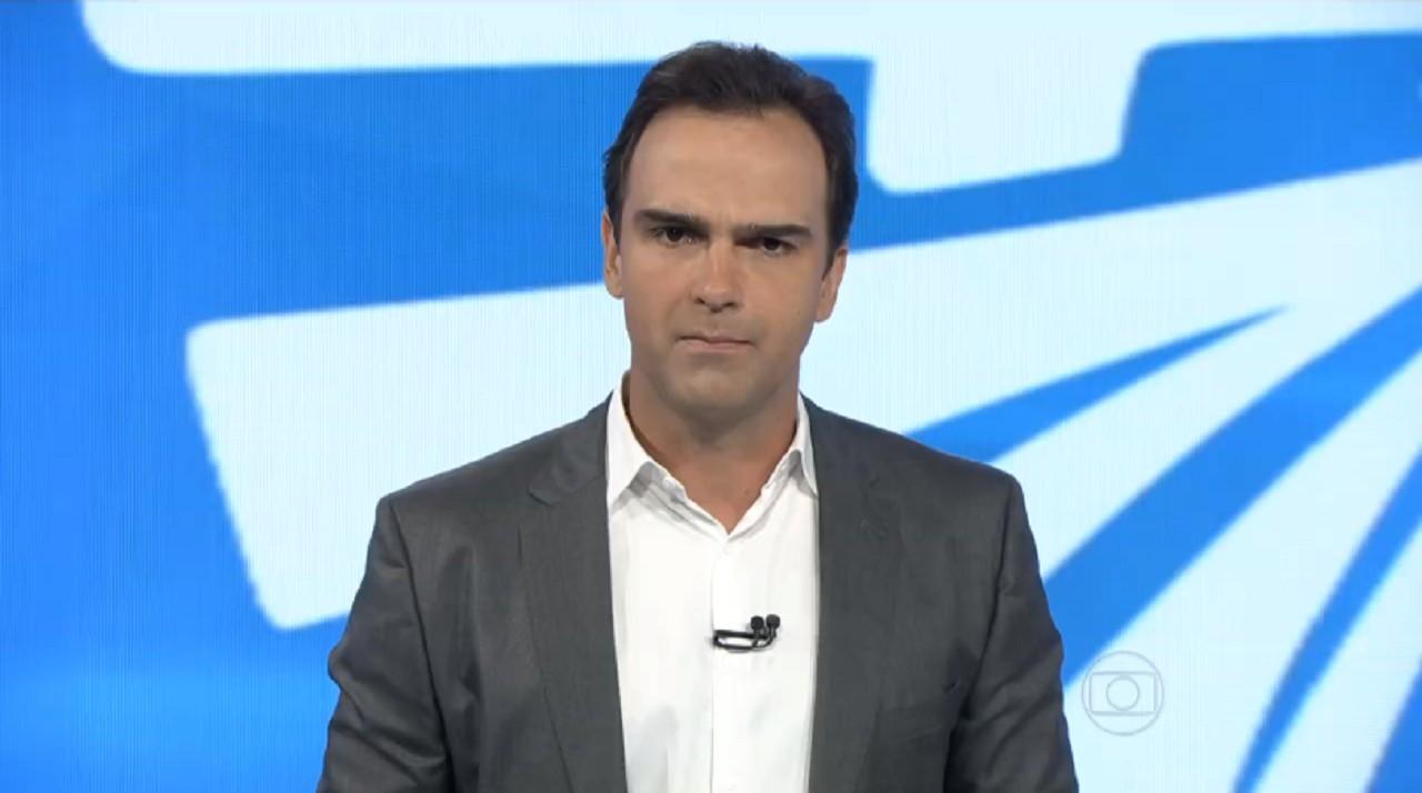 Tadeu Schmidt é oficializado como apresentador do BBB 22