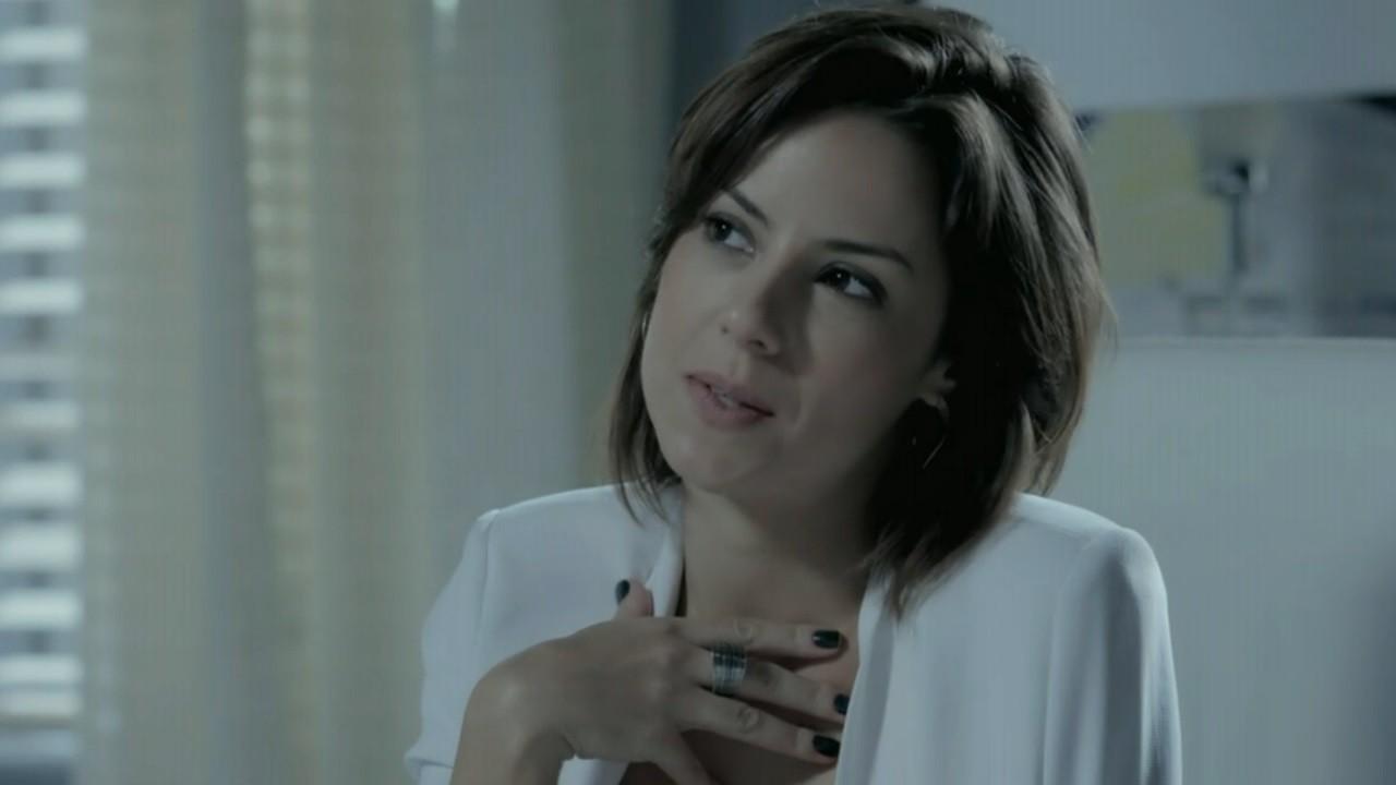 """Império: Maria Clara destila veneno em Amanda: \""""Aí tem\"""""""