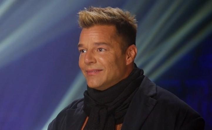 """Marcos Mion fica em choque com transformação no rosto de Ricky Martin: \""""Triste\"""""""