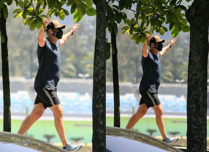 Longe do JN, William Bonner é flagrado se exercitando no Rio