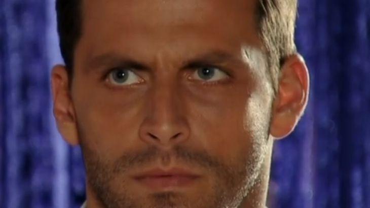 Cassiano com olhar furioso