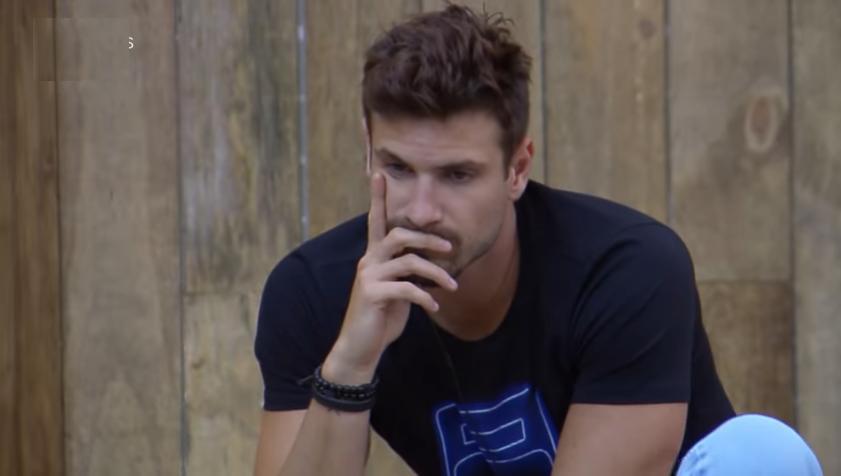 Guilherme Leão e Tati Dais discutiram em DR no reality show A Fazenda 11