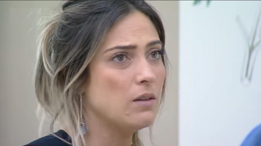 Tati Dias durante o reality show A Fazenda 11