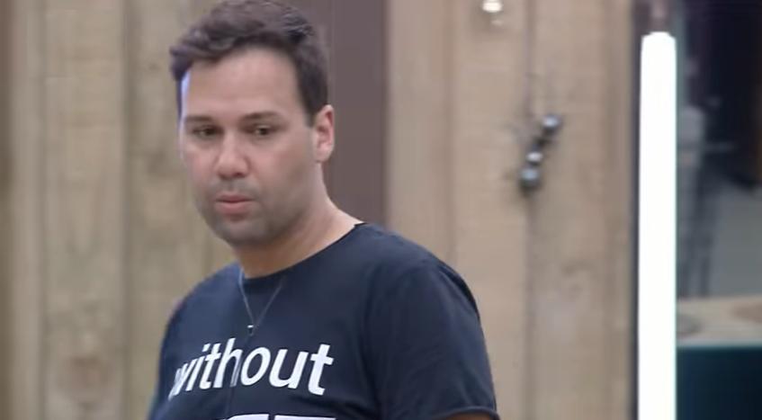 Diego Grossi e Sabrina Paiva reclamaram da punição causada por Viny Vieira