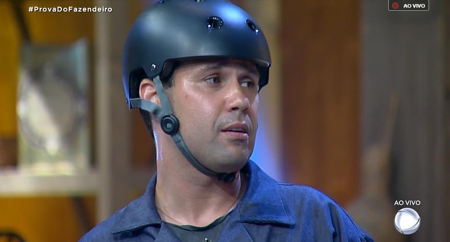 Viny Vieira venceu prova do Fazendeiro no reality show A Fazenda 11 (Reprodução)