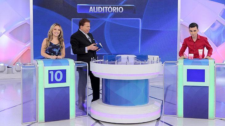 Larissa Manoela dança com Dudu Camargo no Programa Silvio Santos