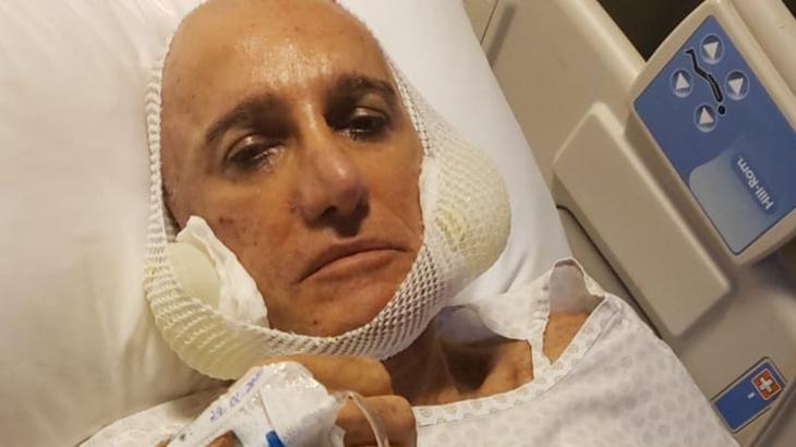 Amin Khader no hospital após cirurgia