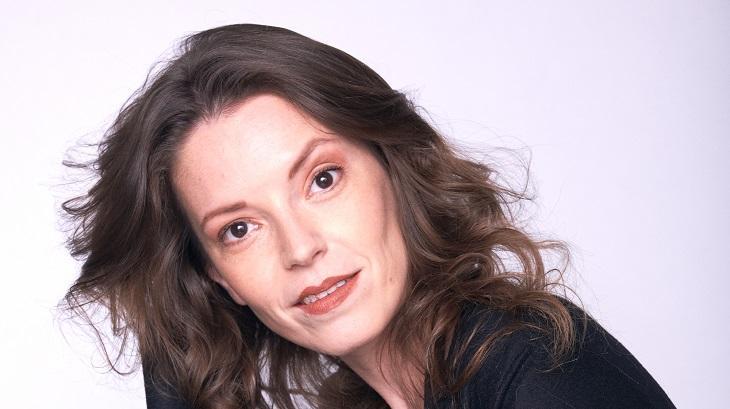 Ana Elisa Mattos, atriz de Gêneis