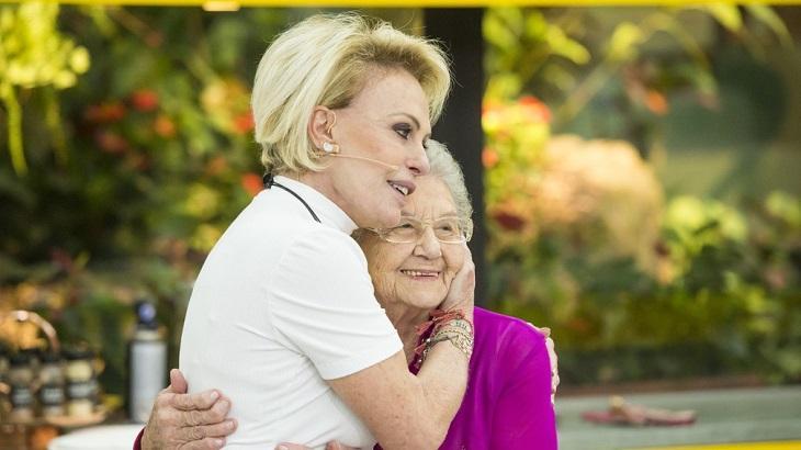 Ana Maria Braga e Palmirinha se abraçam emocionadas
