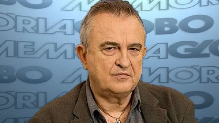 Antônio Calmon posa para foto no Memória Globo