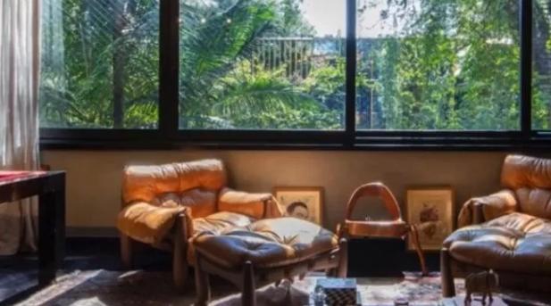 Bruno Gagliasso e Giovanna Ewbank colocam apartamento à venda por R$ 3 milhões; veja fotos