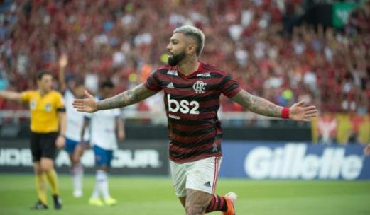 Gabigol, do Flamengo, comemorando um gol
