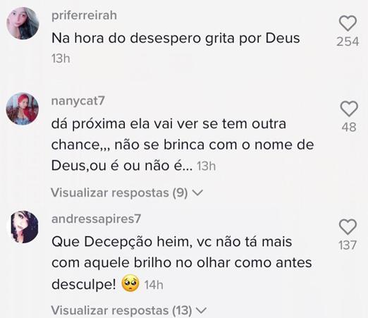 Andressa Urach posta vídeo dançando com a barriga de fora e é detonada