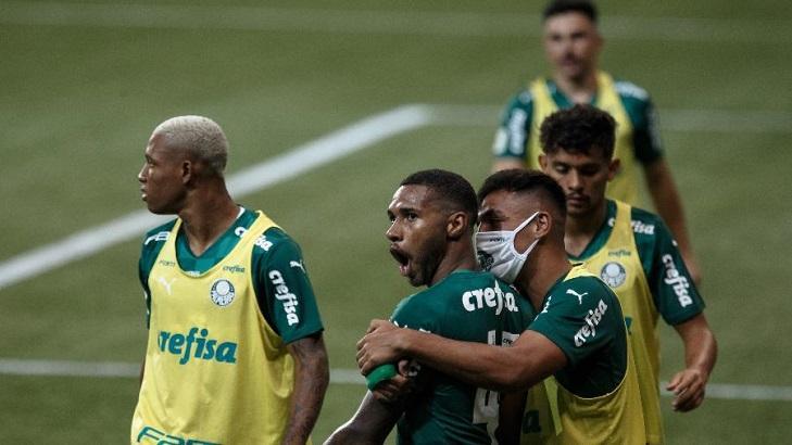 Palmeiras comemorando um dos gols do título da Copa do Brasil