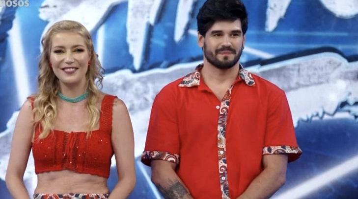 Luiza Possi sem máscara na Dança dos Famosos
