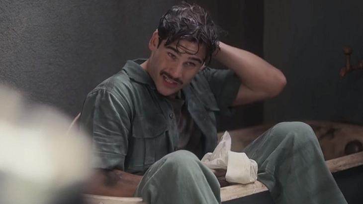 Nicolas Prattes como Alfredo de Éramos Seis